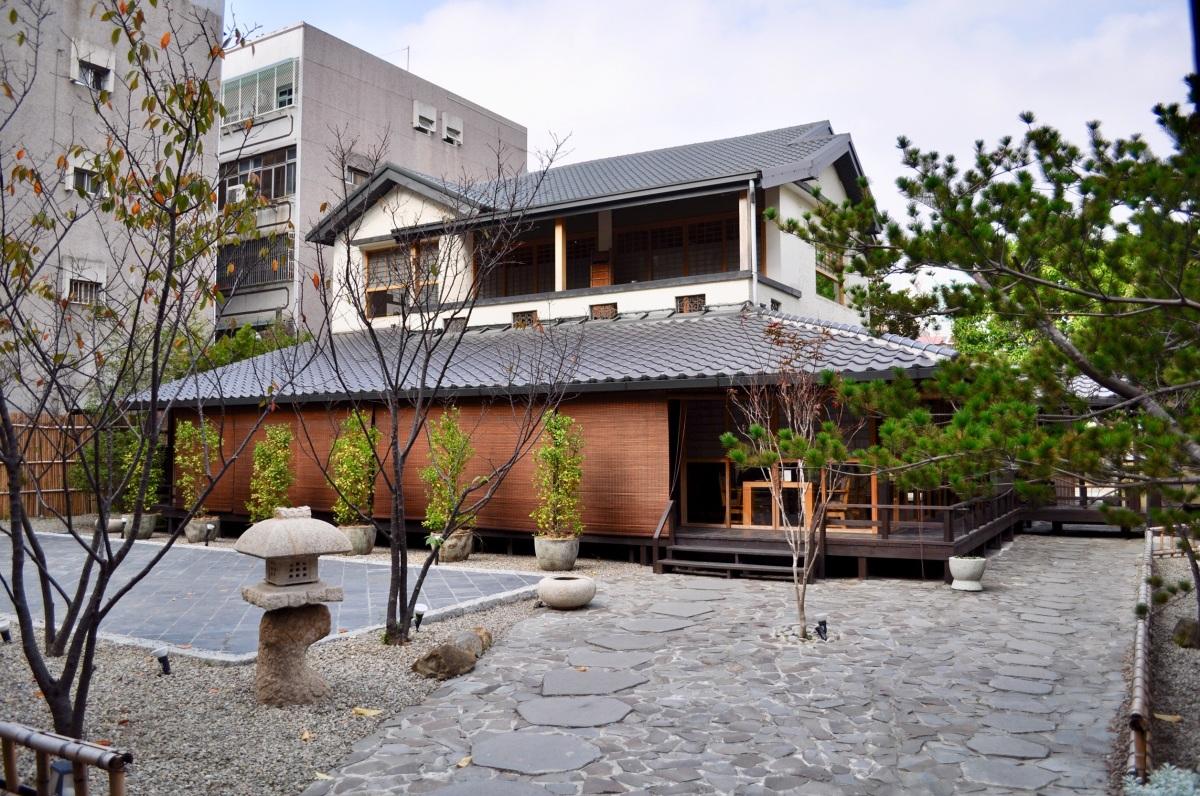 瞞著爹-台中旗艦店 讓人不愛也難之CP值超高日式料理,清幽、恬靜的日式庭院